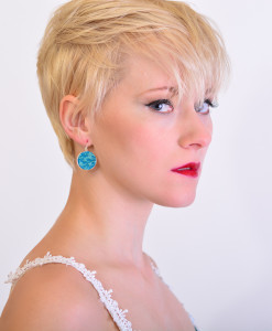 Alina Cirlce Leverback Earrings Model