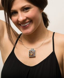 Savanah Square Necklace Model