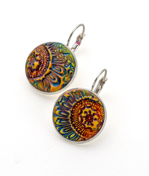 Madison Circle Leverback Earrings